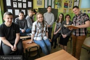 Uczniowie-Publicznego-Gimnazjum-nr-2-sledza-histor